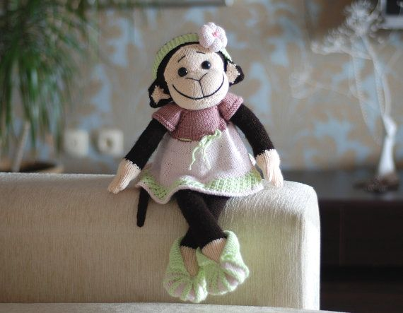 Hey, I found this really awesome Etsy listing at https://www.etsy.com/listing/162792261/monkey-girl-in-the-pink-dress-pdf