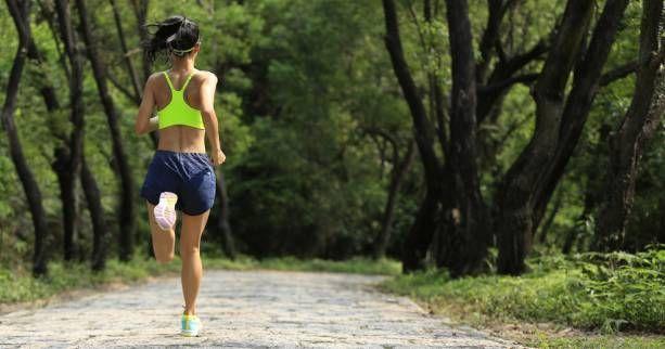 Comment se préparer au marathon en 3h30 avec 4 séances sur 10 semaines ? Que vous prépariez le marathon de Paris, le marathon du Mont Saint Michel ou bien un autre, ce plan d'entraînement vous aidera dans votre préparation.