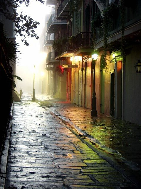 Pirates Alley - New Orleans, USA