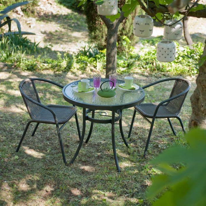 Marvelous Tisch mit St hlen tee set im garten