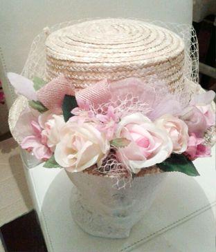 Sombrero con flores para #bodas y otros eventos de mañana