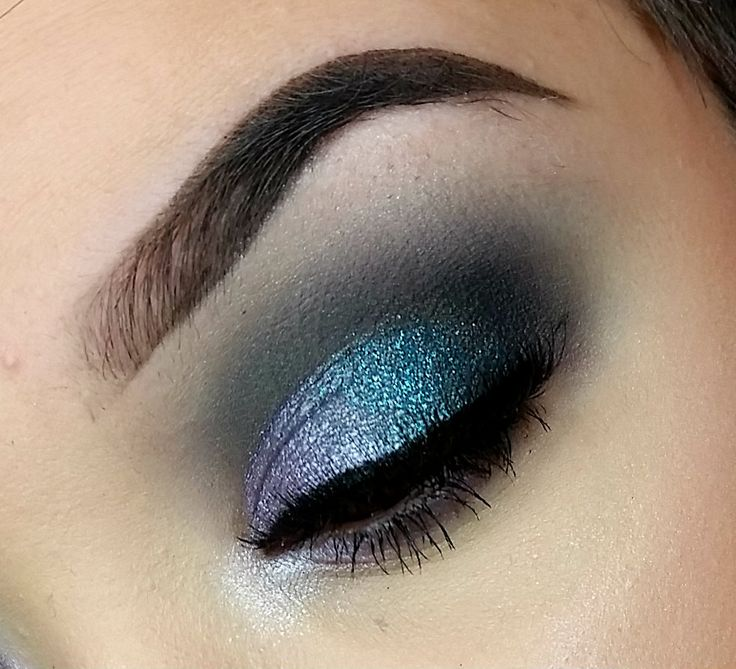 Makeup Geek Eyeshadows in Corrupt, Neptune, Peacock, Petal Pusher, and Shark Bait + Makeup Geek Foiled Eyeshadow in Day Dreamer and Whimsical + Makeup Geek Sparklers in Martian and Zodiac. Look by: Katie Saccomanno