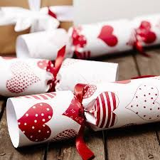 Google Image Result for http://cdn1.notonthehighstreet.com/system/product_images/images/001/371/092/original_red-heart-white-christmas-crack...