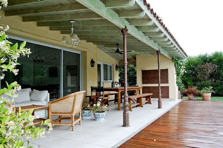 Decoracion de galerias de casas de campo buscar con for Decoracion de patios de casas