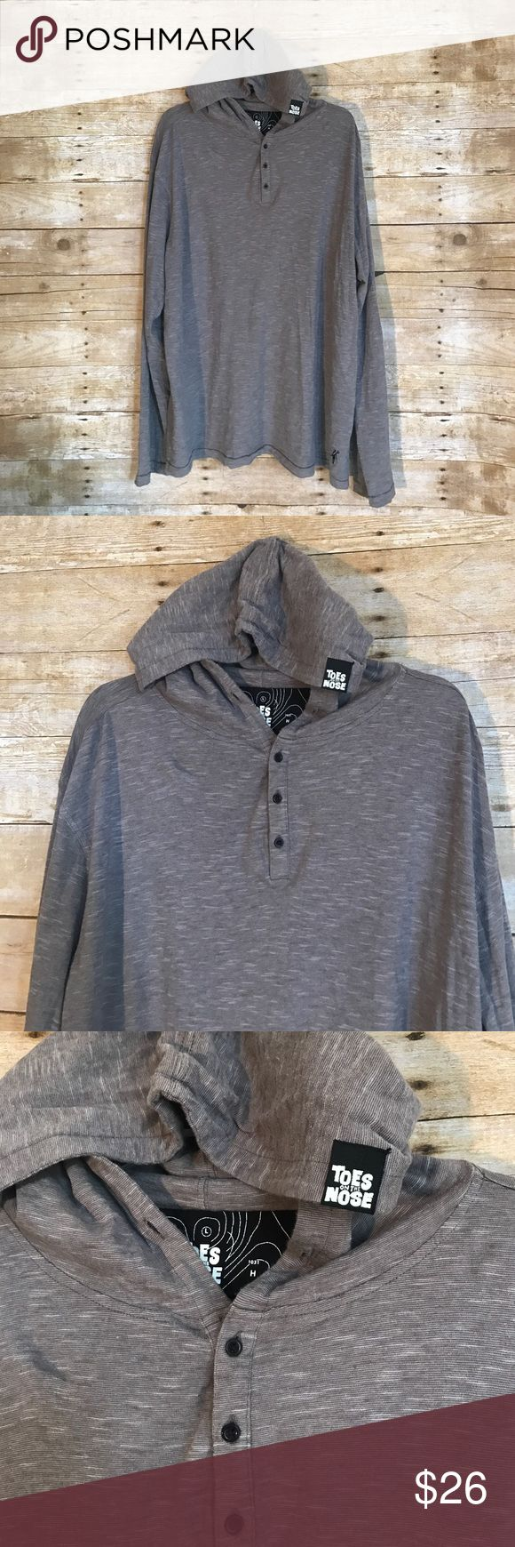 Toes On The Nose Sweater lightweight hoodie XL Toes On The Nose brand - California surf brand - Men's size XL - long sleeve pullover lightweight sweater hoodie - gray with black buttons - excellent condition ‼️FAST SHIPPING ‼️ 🌊 coastal clothing ☀️ Toes on the Nose  Jackets & Coats Lightweight & Shirt Jackets