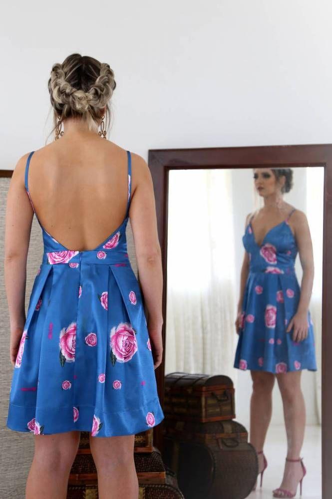 cf783b727a1f Vestido Curto com decote na frente e nas costas | Summer clothes ...