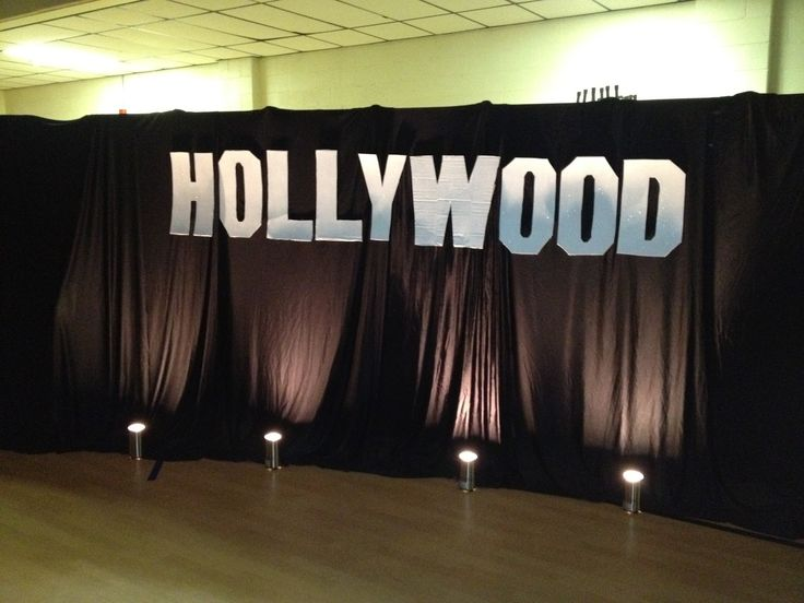 Decor Hollywood Party Decorations To The Show Floor With Blinds And Writing Hollywood As Well As The Stage Lights Inspiration For A Simple Stage Decoration In The Room With Little Decoration Ornament Buy Hollywood Party Decorations for Your Thematic Party
