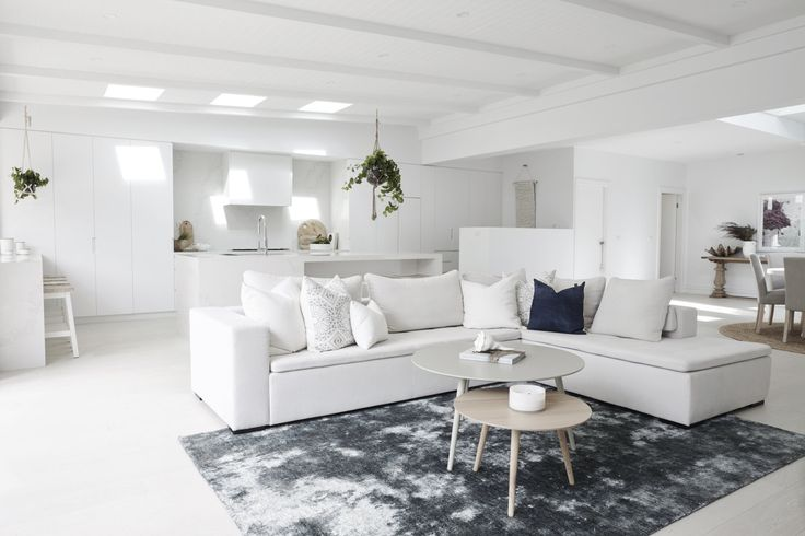 HOUSE 6 - GET THE LOOK