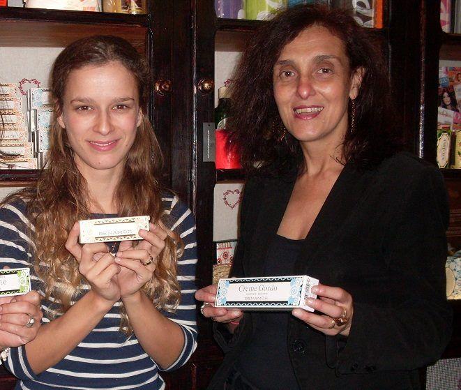 Macau, na #MerceariaPortuguesa com actriz Margarida Vila-Nova e da jornalista Paula Machado. https://www.facebook.com/benamorportugal/photos/a.429376673764589.89674.426177327417857/612375405464714/?type=1&theater…