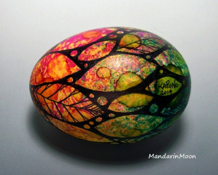 Alcohol inked egg by Mandarin Moon March 2014