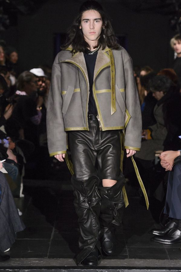 Y/PROJECT AW16 HOMME RUNWAY LOOK 23