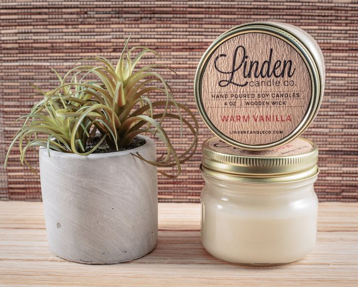 WARM VANILLA scented // 4oz mason jar soy candle//Hand Poured and Handmade in California.All Natural,Eco Friendly, Luxury candle by LindenCandleCompany on Etsy