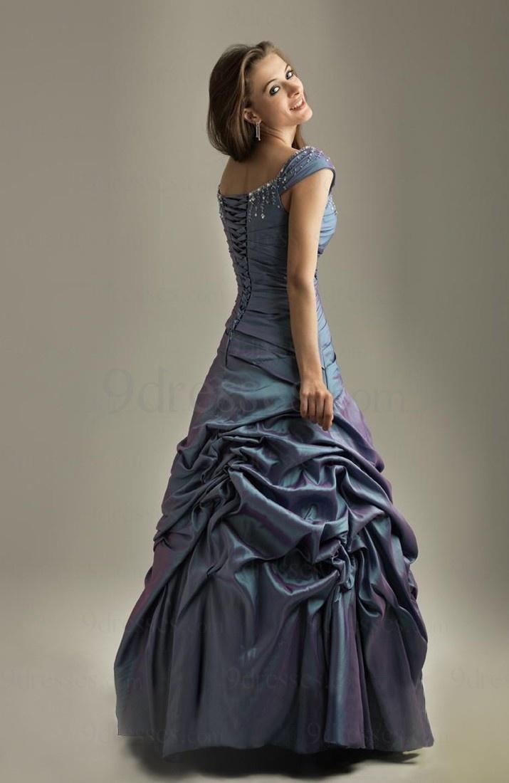 17 best images about modest formal wear on pinterest for Elegant modest wedding dresses
