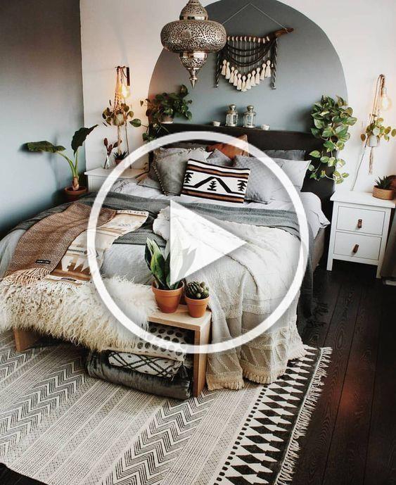 Wow Bohemian Living Pur Ein Schlafzimmer Zum Traumen Schon Die Farben Sind Ein Traum Wohnung Einrichten Schone In 2020 Room Decor Bedroom Room Decor Home Decor