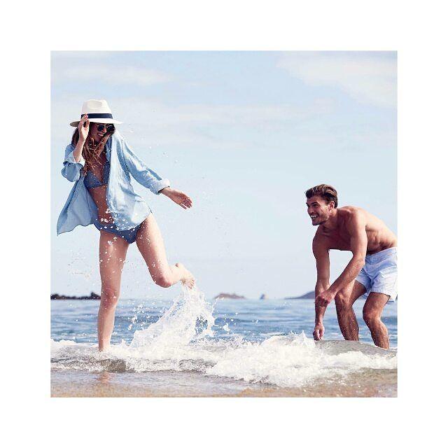 The Henri Lloyd Holiday Shop makes summer dressing a breeze.  Buy online now #linkinbio  #spring17 #style #fashion #sea #beach #holiday #splash