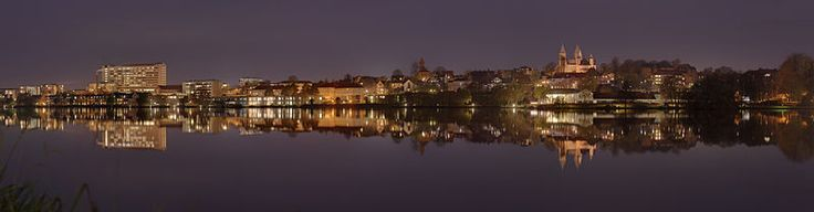 The southern part of Viborg, Denmark as seen from the eastern side of Søndersø lake [Slaunger, Wikimedia Commons]