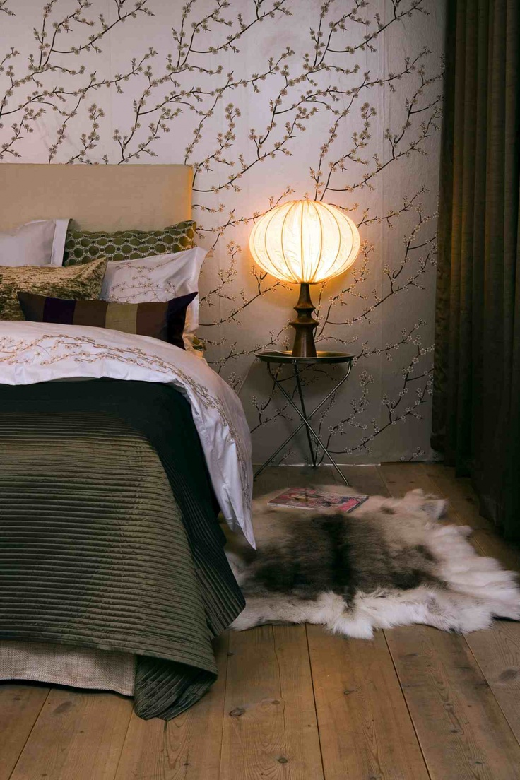 Mimou - matching wallpaper and luxury bedding. Yes please!