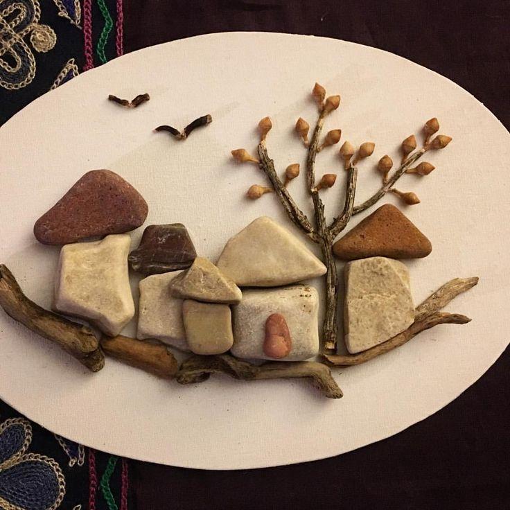 "60 Beğenme, 3 Yorum - Instagram'da Lily (@lily_ist): ""Mini taşlarım #köy#pebbleart #elişi #artwork #pebble #handmade #handcrafted #handcraft"""