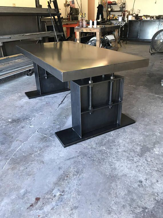 This Desk Features A Steel Base With 1 Threaded Rod Supports The Top Can Be Made Wit Vintage Industrial Furniture Diy Farmhouse Table Industrial Dining Table