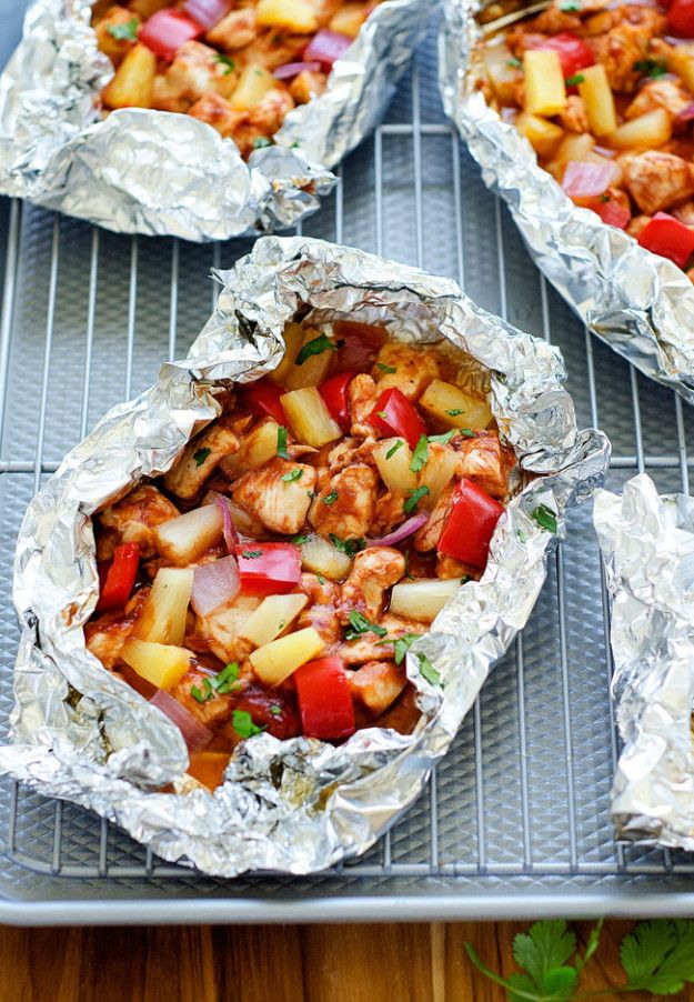 Barbecue Chicken Foil Packs | 12 Simple Foil Packet Dinners You Can Bake In The Oven