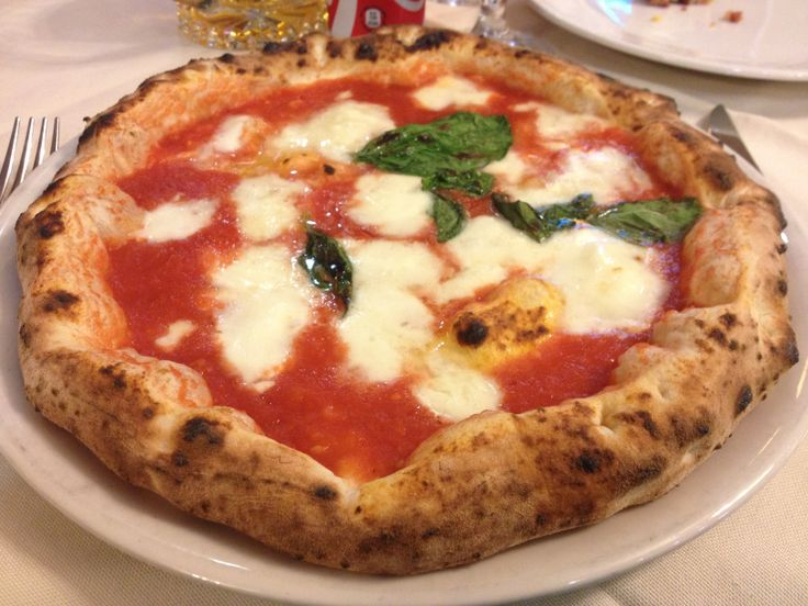 Real #pizza from Napoli. The original #italian #food!