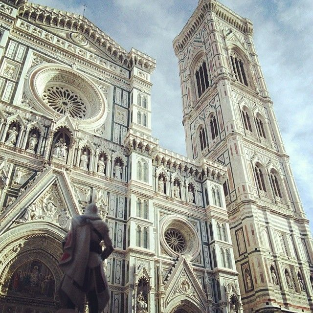 Best place to climb in Firenze #Florence #Italy #SantaMariaDelFiore #GiottosCampanile #TallestPointInItaly #SynchronizingViewpoints #LeapOfFaith #HardClimb #ClimbAllTheThings