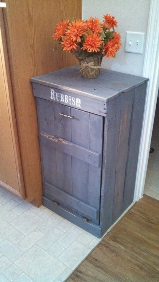 Best 25 rustic kitchen trash cans ideas on pinterest rustic trash and recycling trash can - Kitchen trash can ideas ...