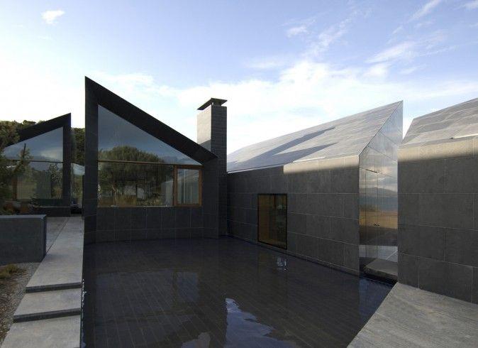 Níall McLaughlin Architects  House at Goleen, Ireland    http://www.niallmclaughlin.com/projects/house-at-goleen-ireland/#
