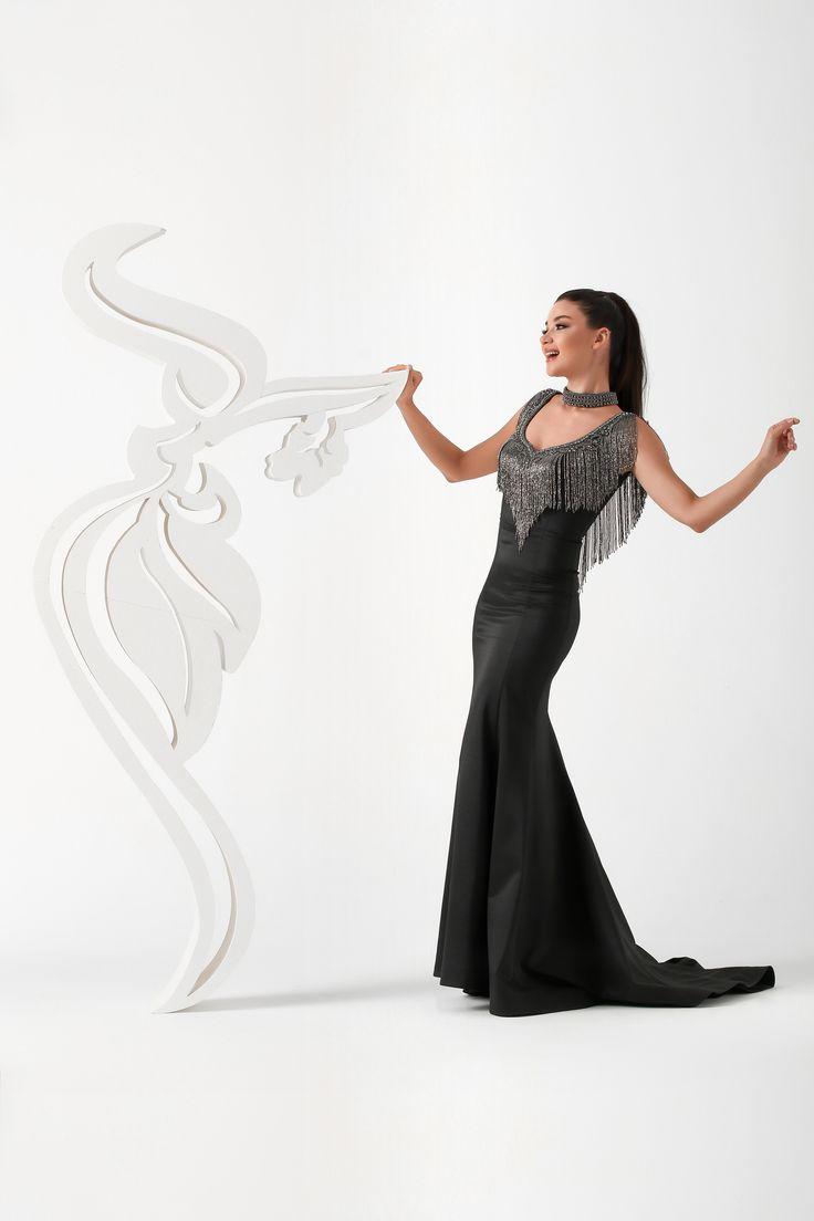 Ankyra, embroidered gown, formal dress, sophisticated gown, sheer v-back,metallic fringe dress, jeweled dress, metallic fringe dress, illusion plunging v-neckline, stone beaded dress, beaded cocktail dresses, mezuniyet elbisesi, abiye, gece kıyafeti, nişanlık, kına elbisesi, aşk, düğün, evlilik hazırlıkları