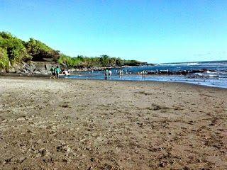 """Bali Surf Guide: Kedungu Beach   As well as """"Thousand Temples"""", B..."""