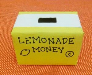 Lemonade Stand Coin Collector A quick eco DIY kids craft for some summertime fun!