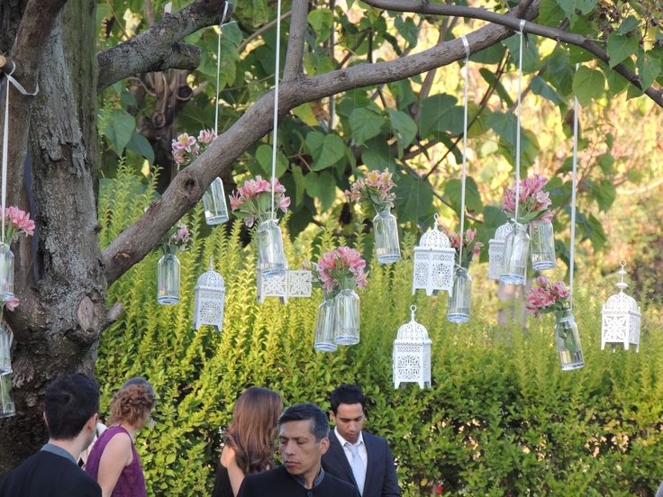 faroles, botellitas, flores, arblo, ceremonia, matrimonio