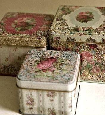 Ana Rosa - pretty tins