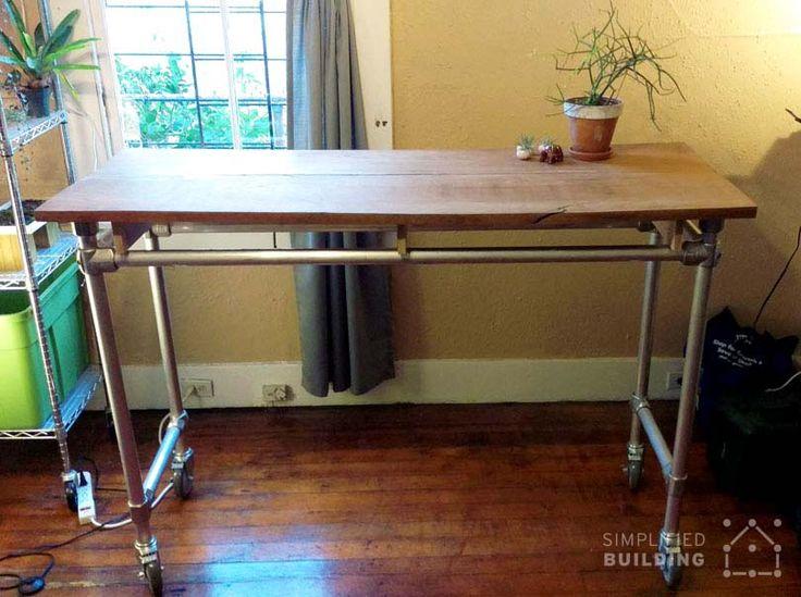 Standing Desk With Wood Table Top Keeklamp Diy Standingdesk Pipedesk Pipefurniture