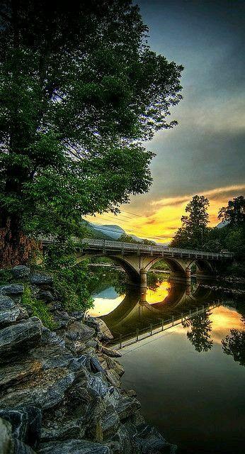 @michaelsusanno @emmammerrick @emmasusanno  #Bridges