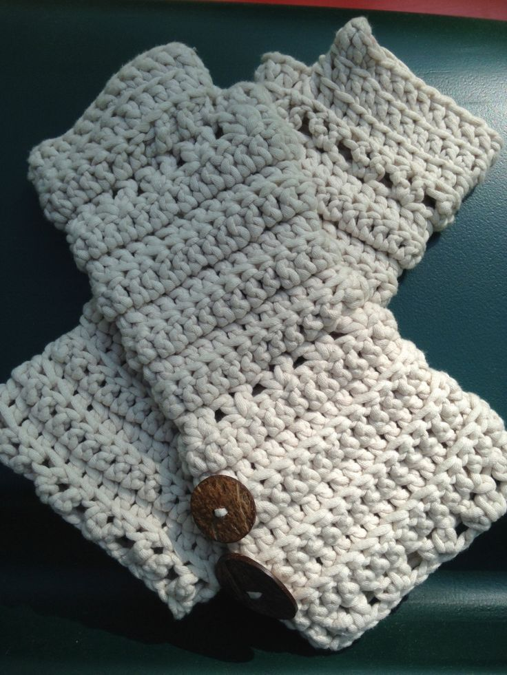 Cream colored crocheted fingerless arm warmers by Antseas on Etsy