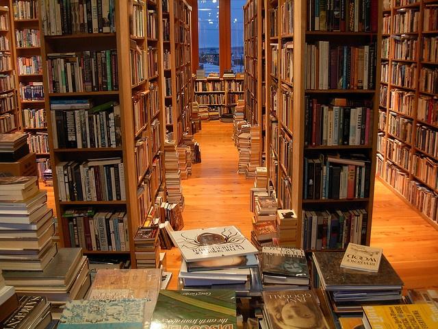 Eclipse Books - Bellingham, Washington by brewbooks, via Flickr