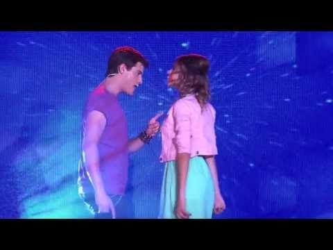 """Violetta 2 - Diego y Violetta Cantan """"Yo soy asi"""" (Show) - Alta Calidad HD - YouTube"""