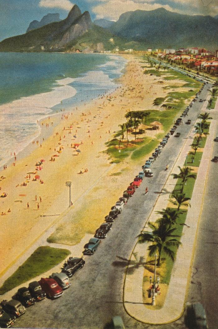 Rio de Janeiro ( 3o anos? atrás) 20 takes off #airbnb #airbnbcoupon #riodejaneiro #ipanema #copacabana Copy this link and enjoy: es.airbnb.com/c/yhernandez25?s=8