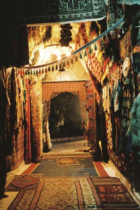 : Receptions Entrance, Hallways, Dreams, Marrakech Morocco, Magic Carpets, Tassels, Layered Rugs, Places, Gypsy Life