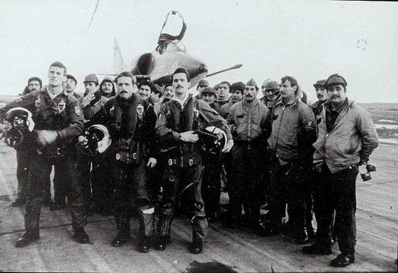 """Los pilotos argentinos de la guerra de las Malvinas son toda una leyenda de heroísmo. """"Los mejores soldados del mundo"""", les llamaron en una publicación militar británica"""