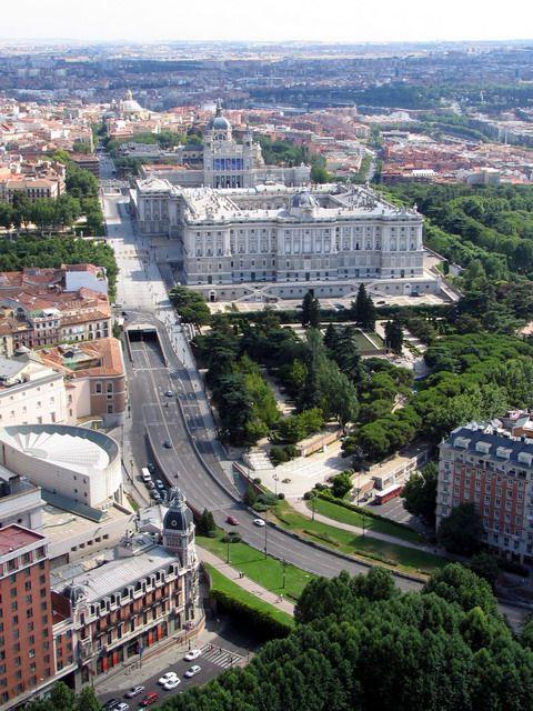 Palacio real de #Madrid, calle de Bailén y Cuesta de San Vicente