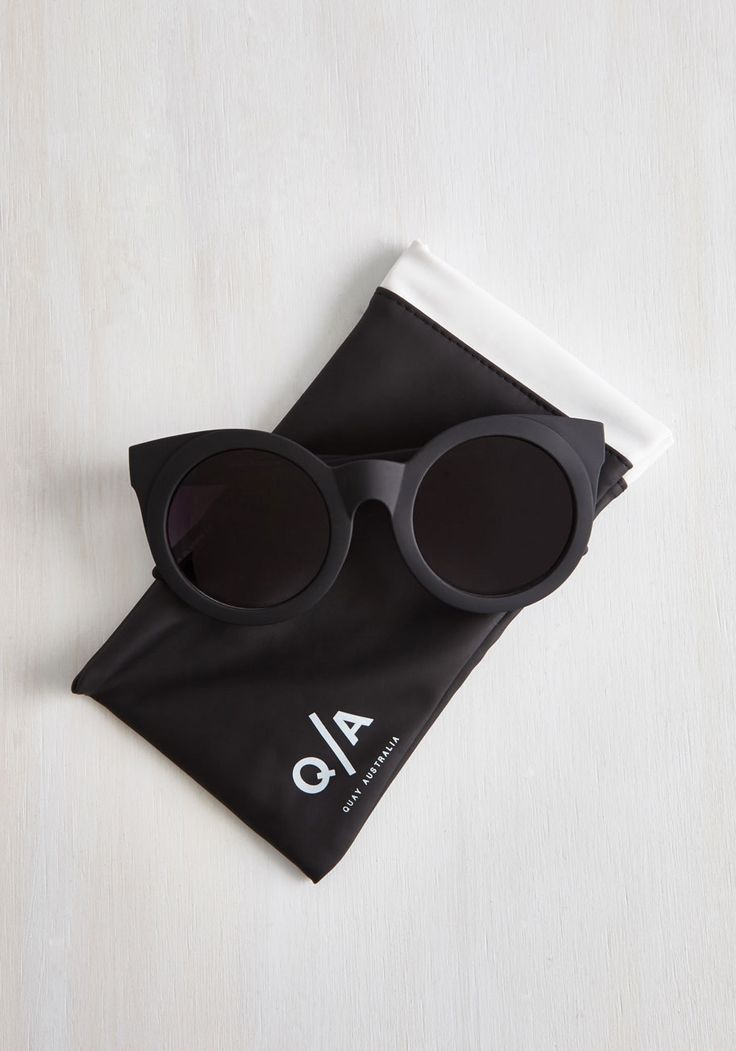 That's My Sunday Girl Sunglasses. The gals excitedly spot you in the crowd by your sleek accessorizing - namely these Sunday Girl shades by Quay! #black #modcloth