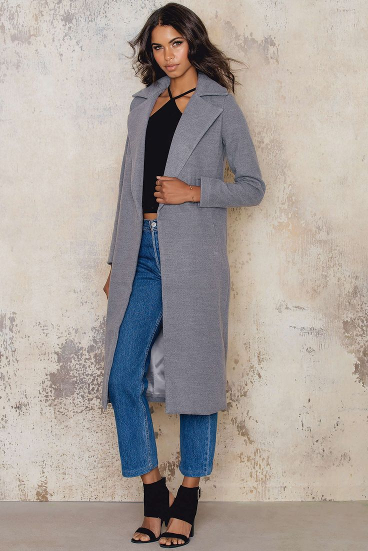 Stay warm in this lovely coat! Harlem Jacket by Sundays comes in grey and features front pockets, beautiful soft material and open front. Throw it over a nice dress and hit the party!