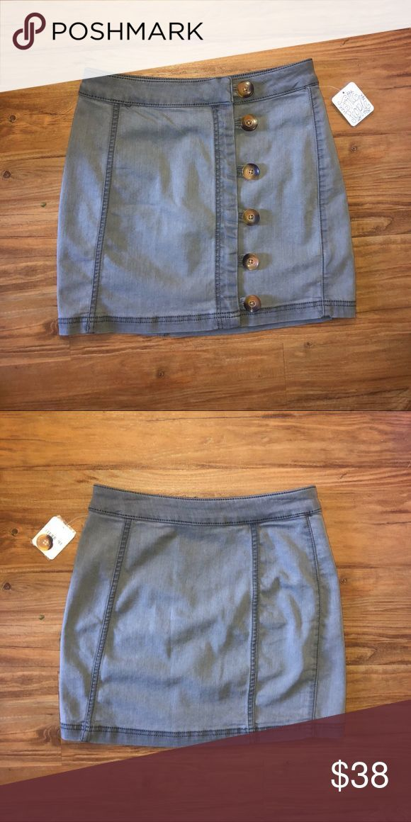 Gray free people button skirt Adorable NWT free people skirt! Order this but it….