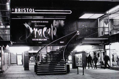 Kuvahaun tulos haulle helsinki leffateatterit