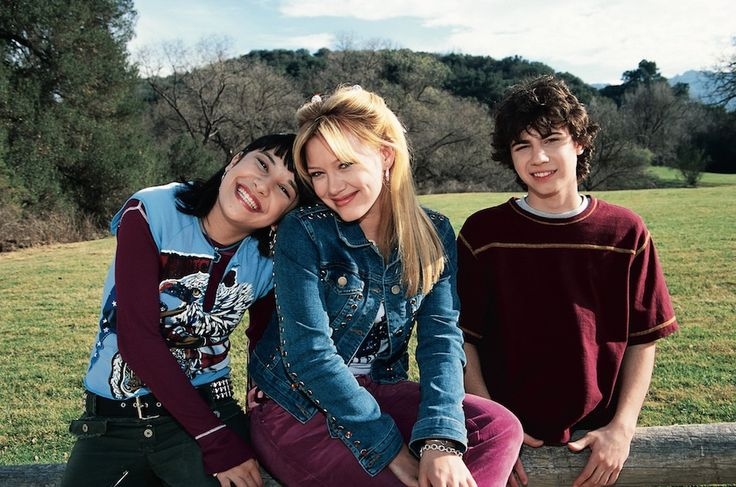 We're Thankful for Lizzie McGuire   Oh My Disney
