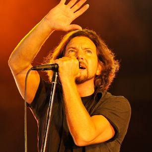 15 Insanely Great Pearl Jam Songs Only Hardcore Fans Know Pictures | Rolling Stone