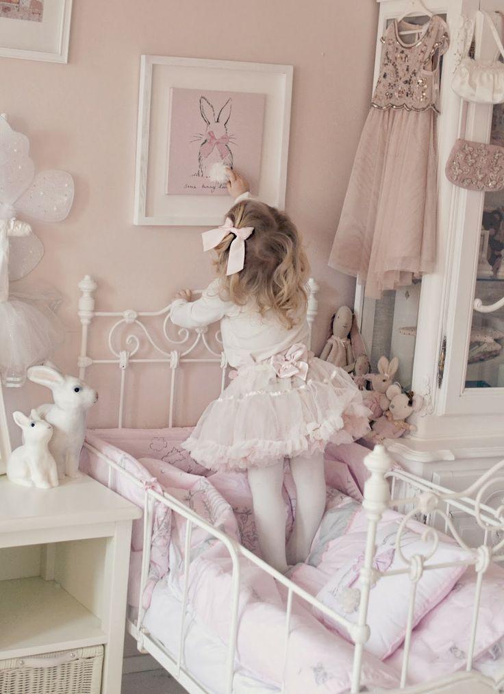 Pink Girls Bedroom Set: Best 25+ Cute Girls Bedrooms Ideas On Pinterest