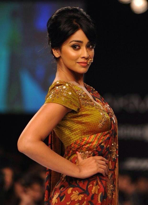 Shriya saran ramp walk in LAKME fashion week